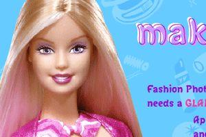 芭比娃娃化妆小游戏